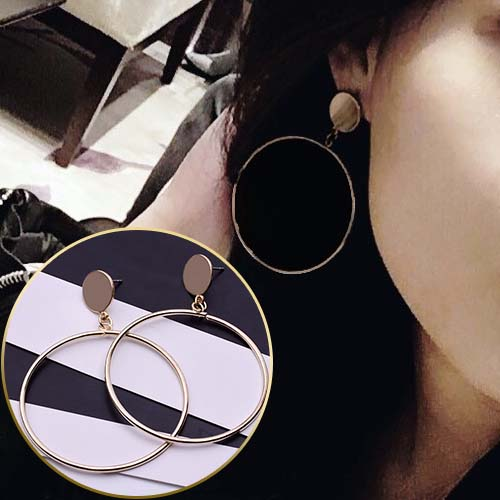 Anting minimalist geometric circle earrings JUL247