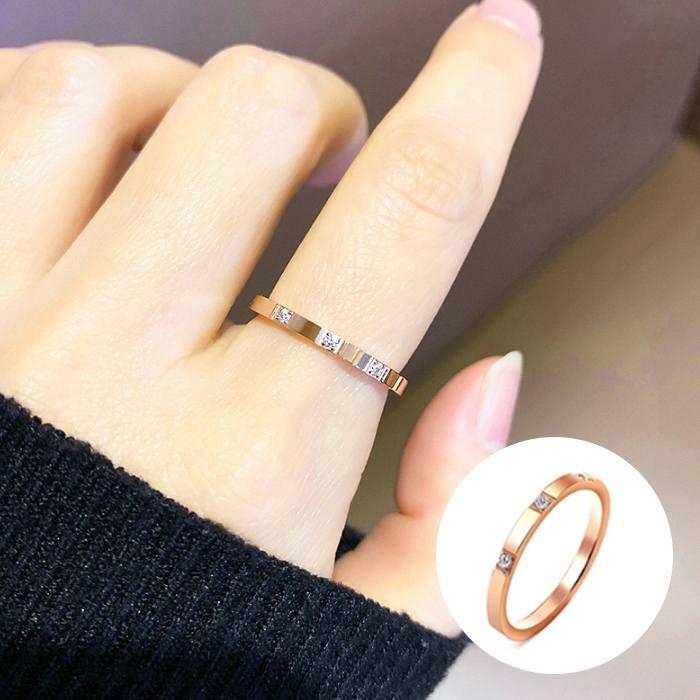 Cincin Korea Ring Three Diamond Titanium Steel Rose Gold AG5051