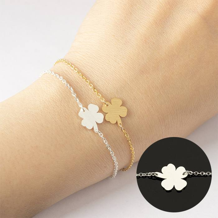 Gelang Fashion bracelet titanium Four-leaf clover charm Silver (1pcs) APR534