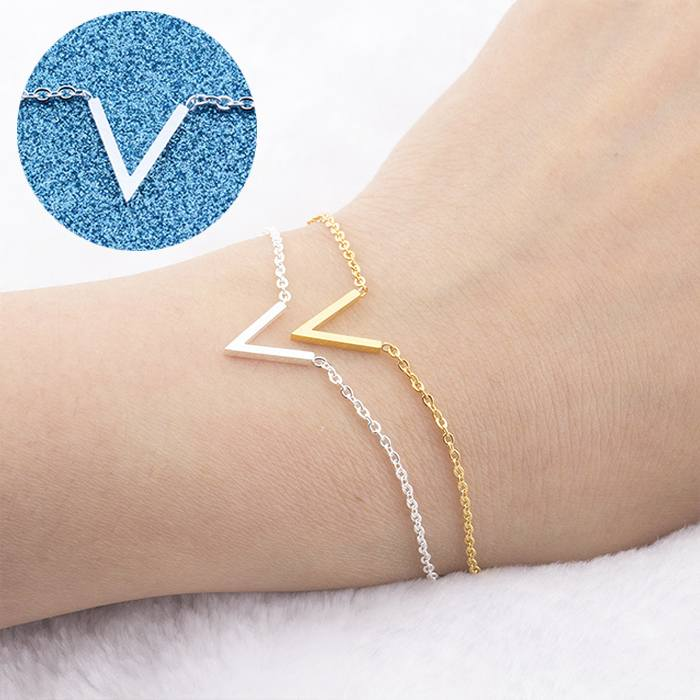 Gelang Fashion Bracelet titanium V-shaped Female Bracelet Silver (1pcs) APR540