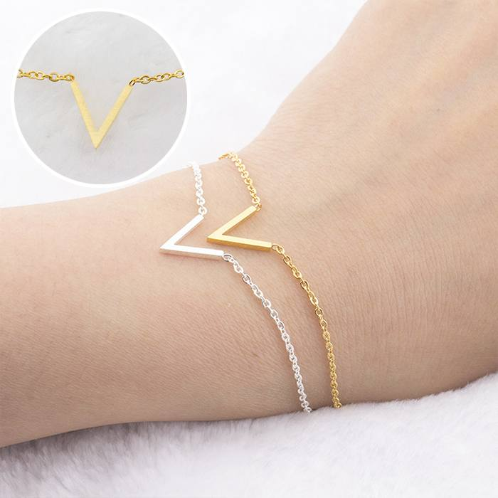Gelang Korea Bracelet Titanium V Shaped Female Bracelet Gold (1pcs) APR541