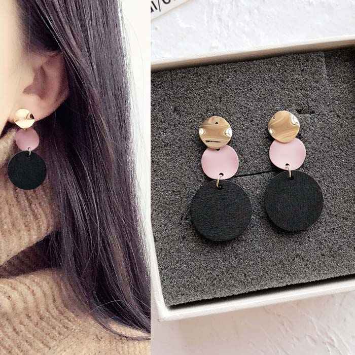 Anting Circle wood earrings DES209