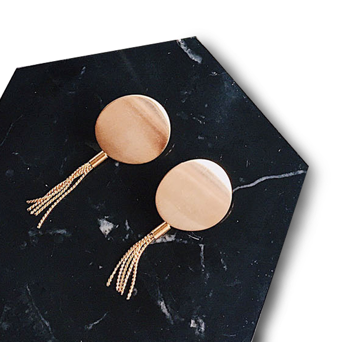 Anting Simple frosted gold circle tassel earrings DES248