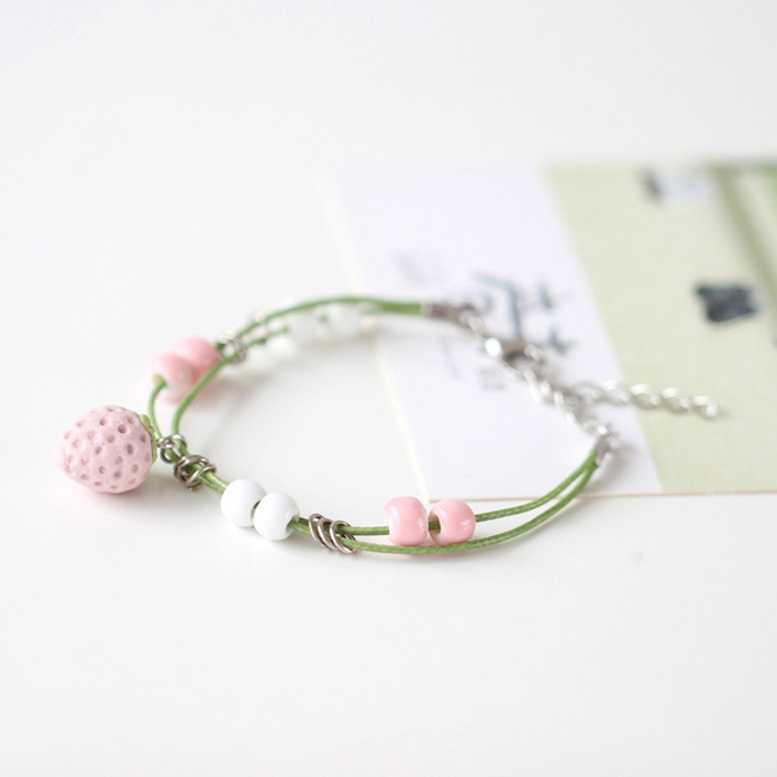 Gelang Fashion Strawberry sweetheart wild ceramic bracelet J4U205