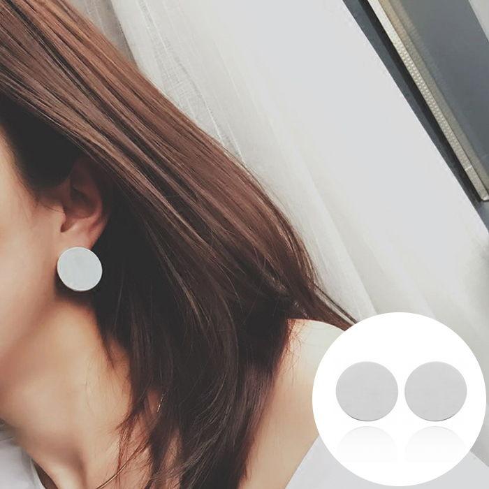 Anting Korea personality womens glossy round JUL558
