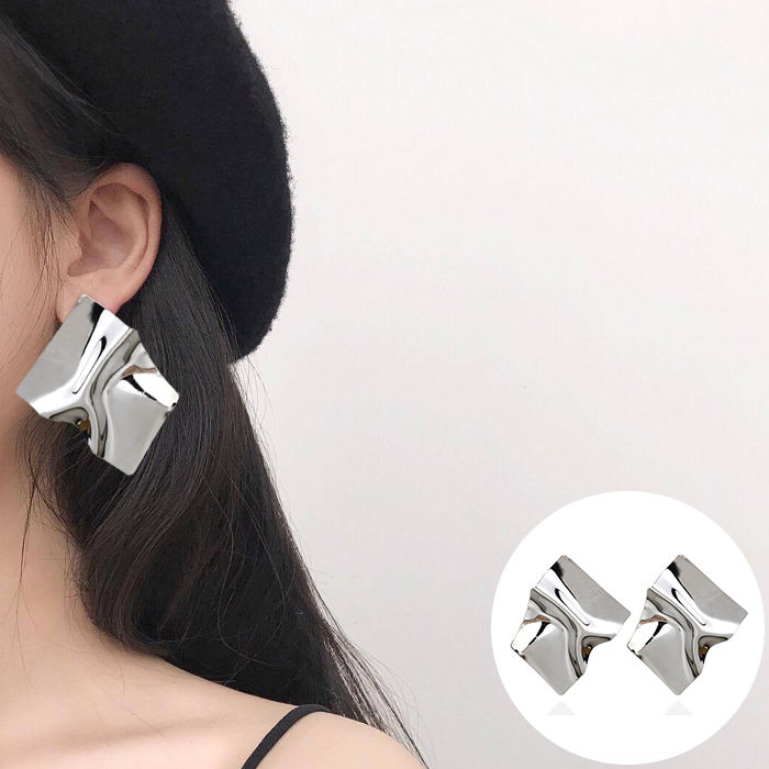 Anting Korea European and American cross-border jewelry creative personality tide earrings geometric  JUL569