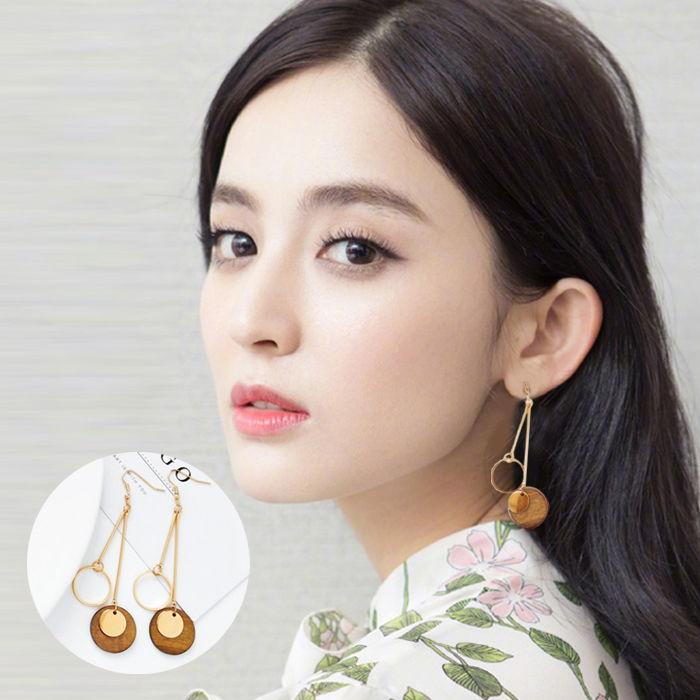 Retro geometric long earrings Korean tsimple wild earrings Wood round female earrings JUL589