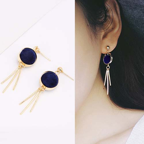 Anting Round PomPom earrings OKT089