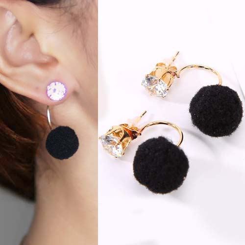 Anting U style gem PomPom earrings OKT094
