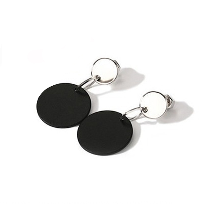 Anting Round black earrings OKT142