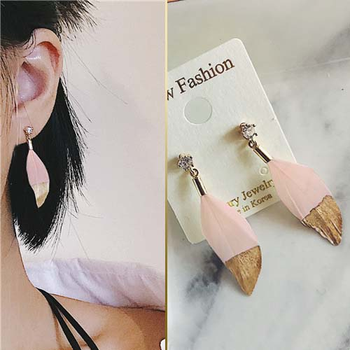 East Gate Feather Earrings OKT617
