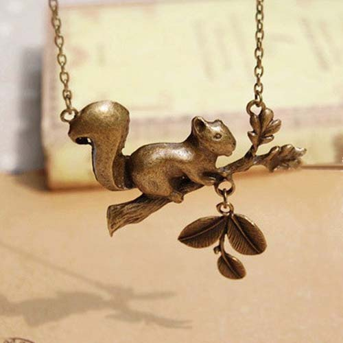Kalung Fashion Squirrel Forest necklaces S3P073