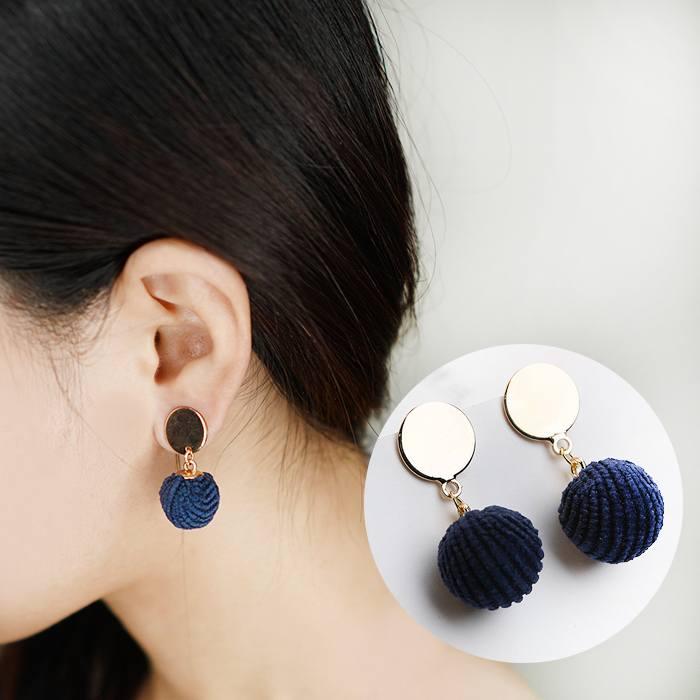 Anting Wool Ball Earrings Earrings AP2169