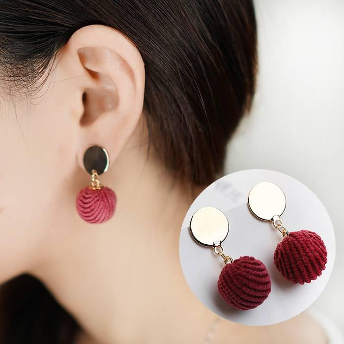 Anting Wool Ball Earrings Earrings AP2170