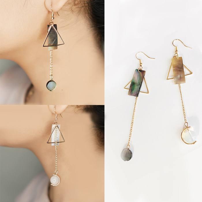 Anting Drop Pearl Earrings Asymmetric Triangle AP2431