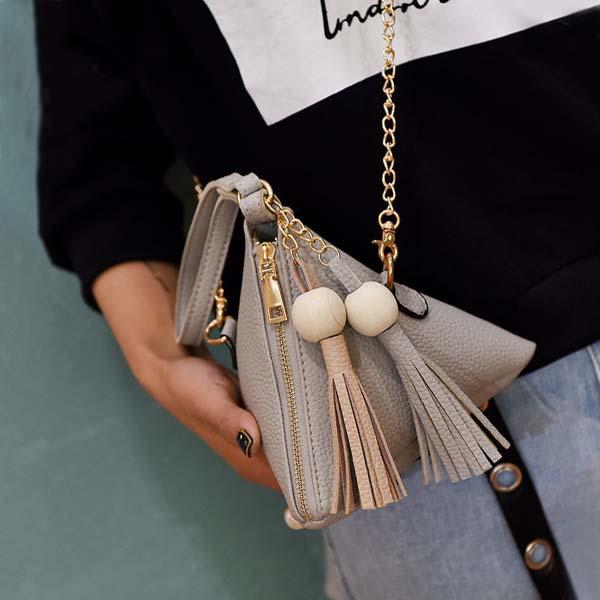 Triangle Lantern Bag Chain Tassel AP3199