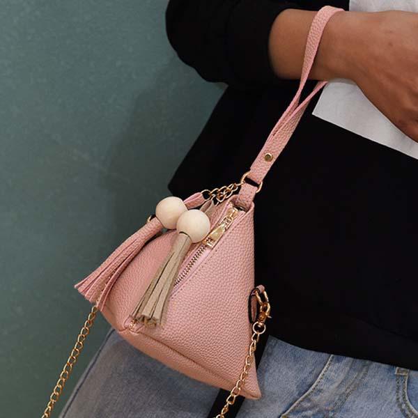 Triangle Lantern Bag Chain Tassel AP3200