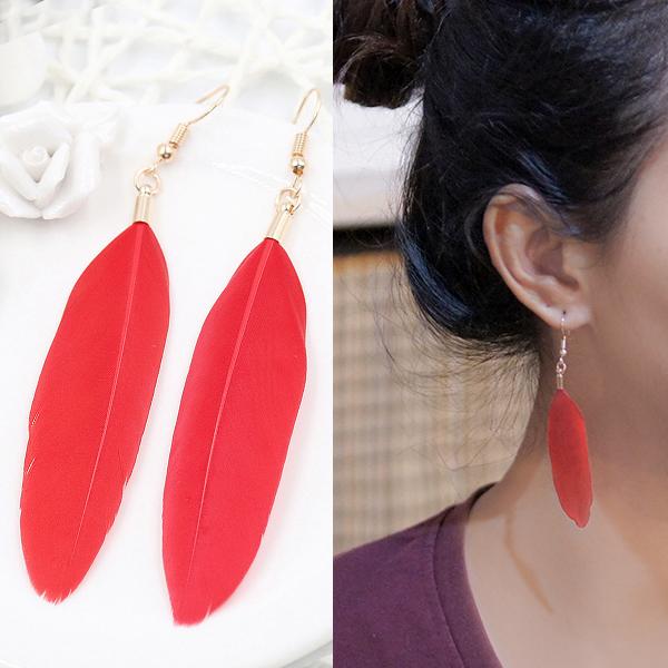 Anting Bohemian minimalist feather earrings J41000