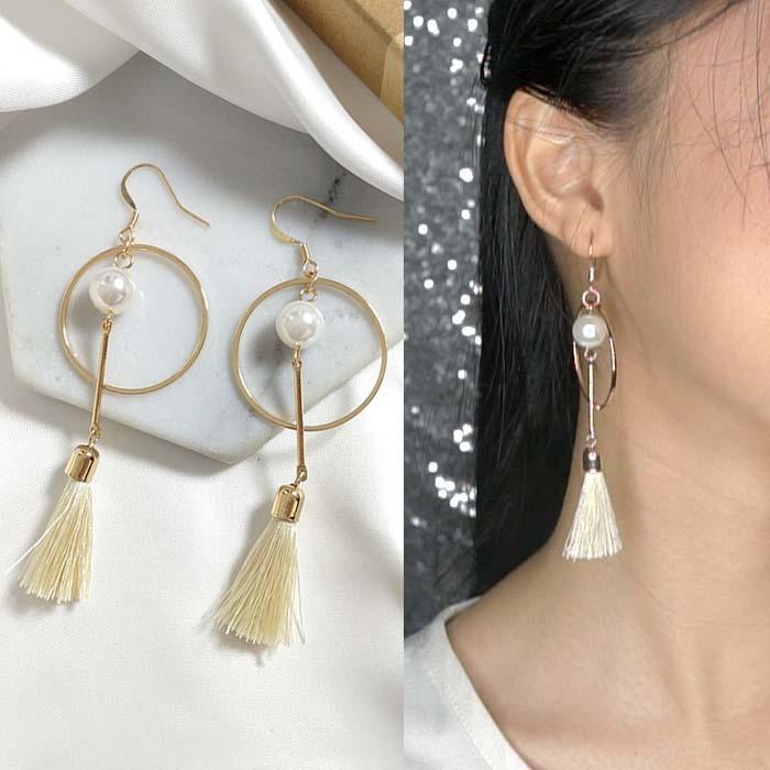 Anting Round pearl tassel earrings J4U739
