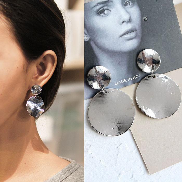Bohemian retro minimalist metal earrings J4U859