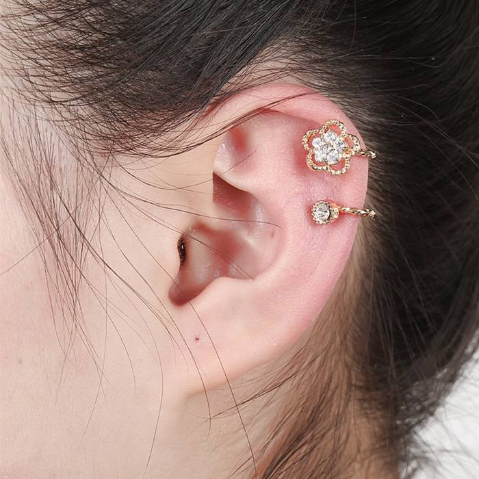 Anting Korea zircon earrings fashion crystal earless petal  JA0039