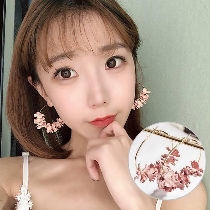 Anting Korea Flower Flash Drill Earrings MAR010
