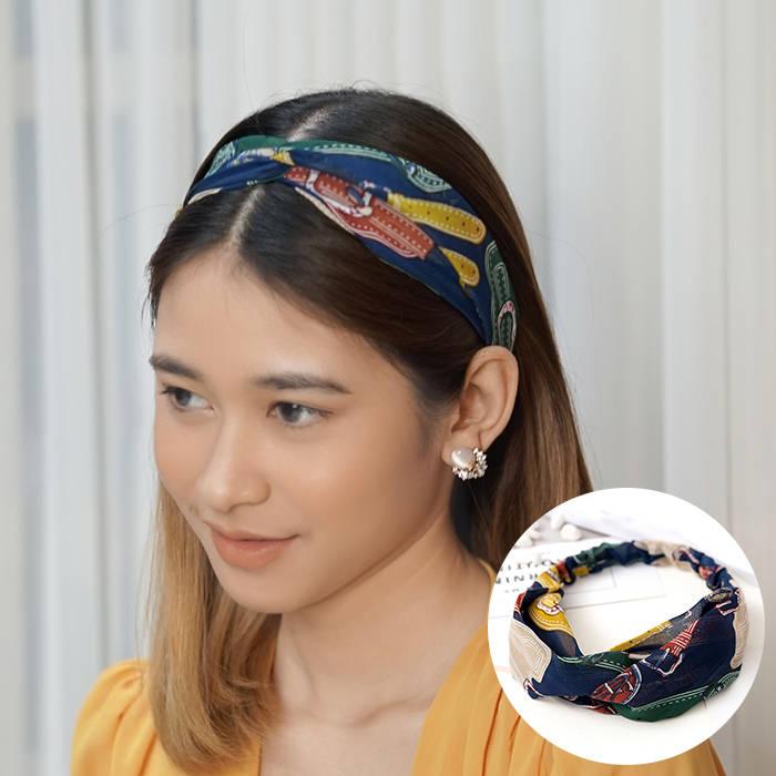 Bando & Ikat Rambut 2019 new European and American hair band chain printing elastic headband sports  AG5647