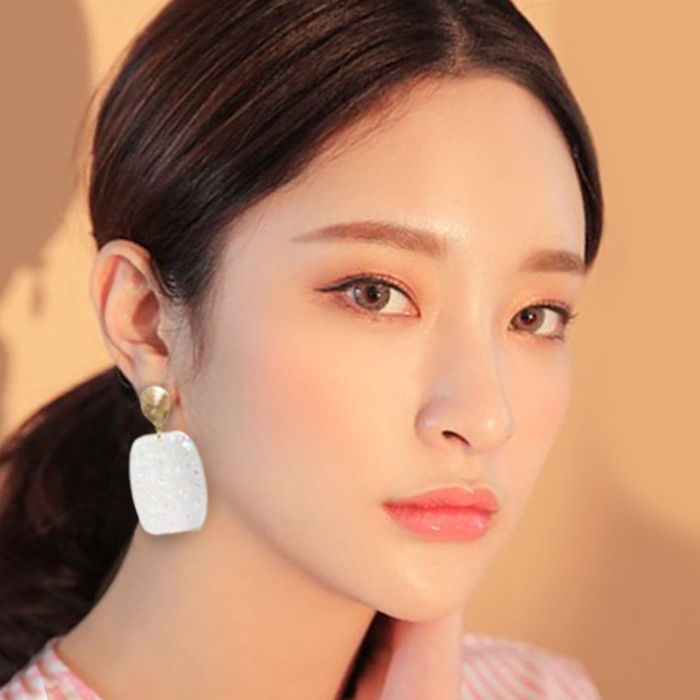 Anting  big pearl earrings  women color Gold & White AG6025