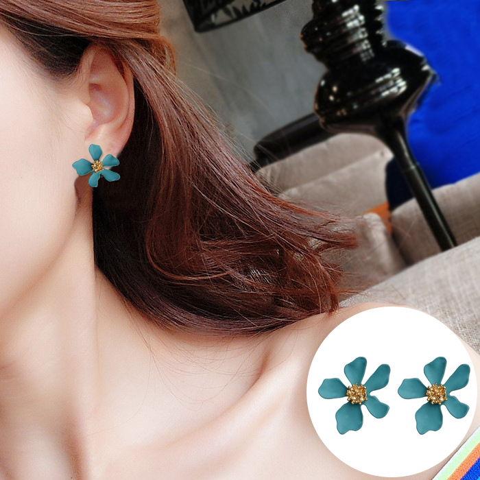 Korean version of the new flower earrings JUL563