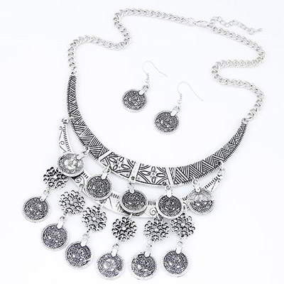 Set Kalung & Anting coin shape decorated hollow out design T6B5BA