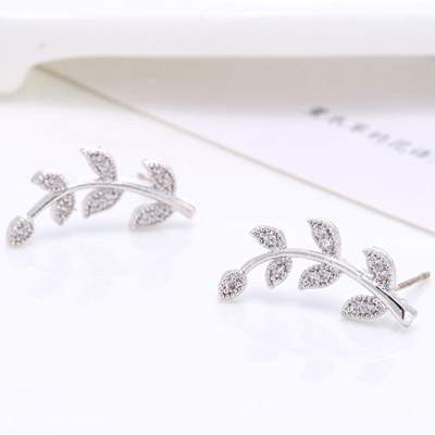 Anting Tusuk T6E5AD