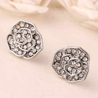 diamond decorated rose shape