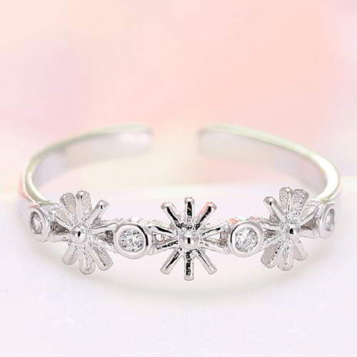 Cincin Korea Descendants DOTS SongHeKyo flower diamond ring  T557AE