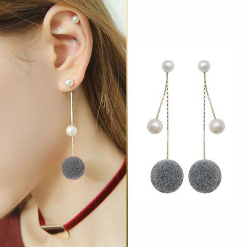 Fur PomPom pearl ball earrings JUN200