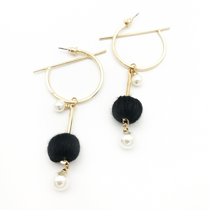 Anting South Korean Pompom Pearl Round Earrings REA087