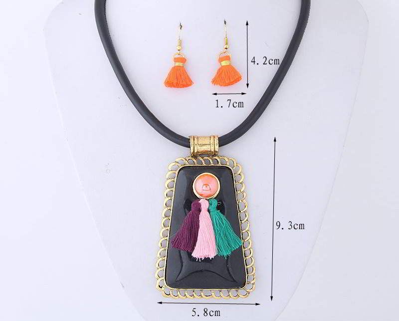 Set Kalung & Anting TAF6EB