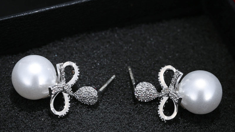 Anting Tusuk TAFB7A