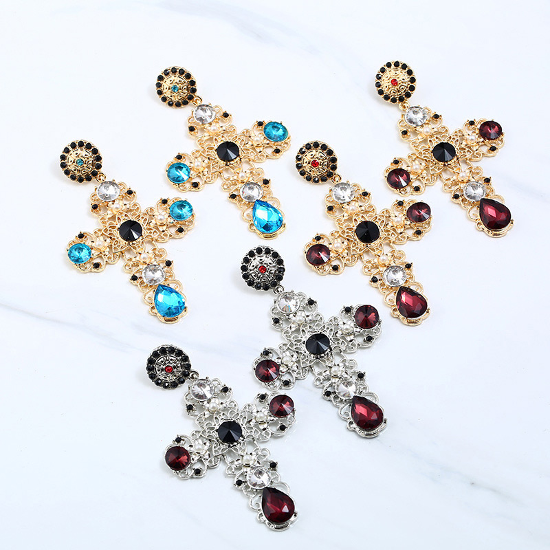 Anting Tusuk P7C8C7