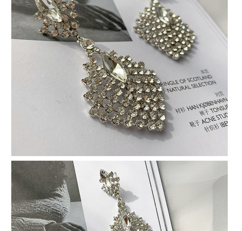Anting Tusuk O558E7