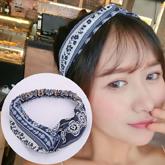minimalist fabric pattern headband